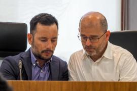 UGT, CCOO y CAEB, citadas por Rafa Ruiz para defender a Molina, critican que «ponga el ventilador»