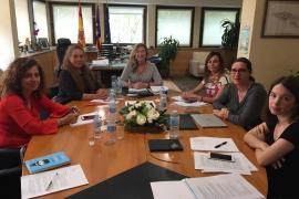 Govern y Consell d'Eivissa marcan la hoja de ruta para que Cas Serres siga siendo hospital