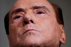 Berlusconi da luz verde a un gobierno de La Liga y el M5S para desencallar la crisis política en Italia