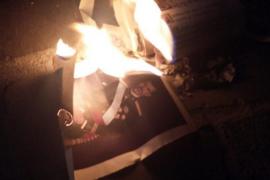 La Audiencia Nacional ya no ve delito en quemar fotos del rey Felipe VI