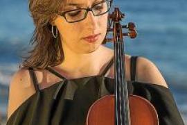 La violinista Neus Guasch ofrecerá hoy un concierto en el Conservatori
