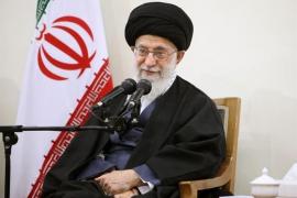 """El líder supremo de Irán avisa a Trump: """"Has cometido un error"""""""