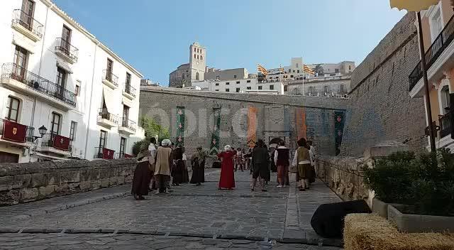 «Arruix, arruix, arruix, calabruix», la feria Eivissa Medieval ya está aquí