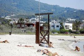 Las concesiones de playas de Vila no estarán en marcha para el 15 de mayo