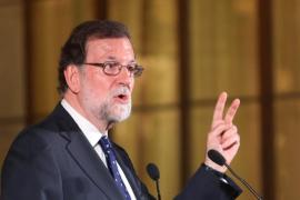 """Rajoy: """"No creo que la prioridad en España en estos momentos sea reformar la Constitución y hacer un referéndum"""""""