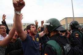 """Llarena insiste ante Alemania en la """"intensidad"""" de la violencia del 'procés' y lo acredita con decenas de vídeos"""