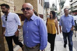 El segundo agente querellado contra Aída Alcaraz afirma ser víctima de un «hostigamiento continuado»