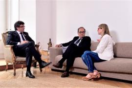"""Puigdemont dice que Torra convocará elecciones en 5 meses si el Estado """"sigue la persecución"""""""