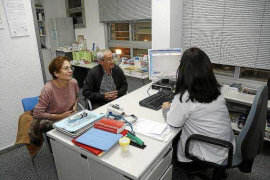 El IB-Salut incorpora ocho médicos por cada facultativo que abandona Balears