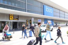 Aumenta un 15,2 % el tráfico de pasajeros en el aeropuerto de Ibiza hasta abril