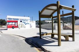 Este viernes comienza el servicio de transporte púlbico a Cala Salada