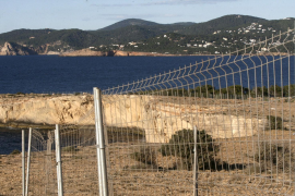El juez confirma la suspensión de la licencia para edificar Punta Pedrera