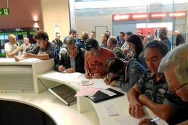 36 personas se quedan en tierra al retrasarles el control de pasajeros del aeropuerto de Ibiza