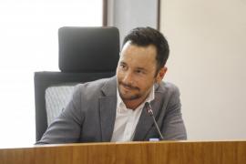 El alcalde Rafa Ruiz afirma que hay 12 expedientes abiertos por falta de vados