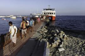 El Ayuntamiento de Eivissa inicia la reparación del muelle de Platja d'en Bossa