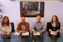 Deixalles y Sant Antoni firman un convenio para favorecer la inserción de personas en riesgo de exclusión