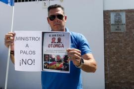 Concentración de funcionarios de prisiones de Ibiza (Fotos: Daniel Espinosa)