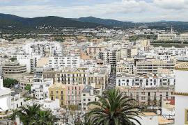La ciudad de Ibiza y Santa Eulària, entre los municipios de España con las viviendas más caras