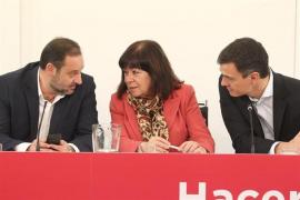 El PSOE se reúne de urgencia para acordar si presenta una moción de censura contra Rajoy