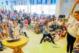 'Els Científics' de S'Olivera presentan su libro de cuentos 'La casa de l'arbre'