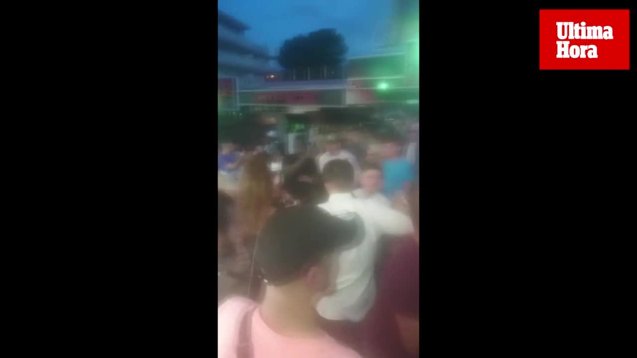 Varios heridos en una pelea multitudinaria entre turistas ingleses y franceses