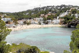 'Agustinet' pide al Consell que suspenda el planeamiento urbanístico de Cala Vedella