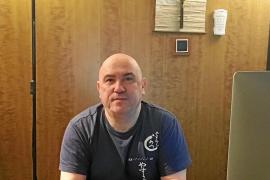 Arturo Valenzuela: «Los niños hospitalizados reclaman que le apliquemos shiatsu»