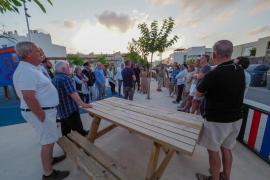 Vecinos de Illa Plana sospechan de la existencia de un prostíbulo en una vivienda del barrio