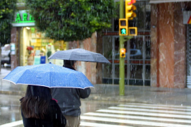 Fuertes lluvias y viento en 50 provincias en España