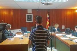 Condenado a tres años y medio de cárcel por trepar y robar en una casa de La Marina