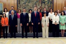 Todos los miembros del Gobierno de Pedro Sánchez prometen su cargo