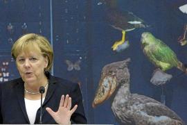 Merkel advierte que el nuevo fondo de rescate necesitará un billón de euros