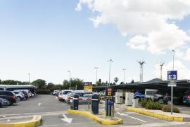 AENA abre un parquin de larga estancia con 200 plazas para usuarios del aeropuerto