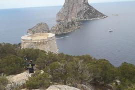 Encontrado el cadáver de la turista alemana en los acantilados bajo la torre des Savinar
