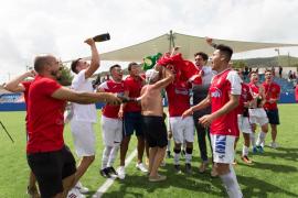 El CD Ibiza asciende a Tercera División