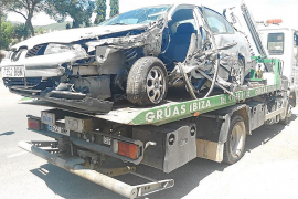 Un joven herido en un aparatoso accidente múltiple en Sant Carles