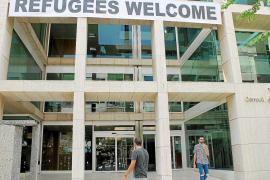 Vila y Consell se ofrecen a acoger refugiados del Aquarius sin previsión de cómo hacerlo