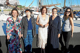 Glamour y diseño joven en el desfile de moda Adlib en Eivissa