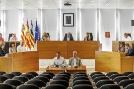 El PP acusa al Consell de «inflar» los gastos de personal al crear 32 puestos más
