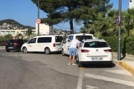 La operadora el GPS del taxi en Vila quiere desconectar a diez taxistas por impagos