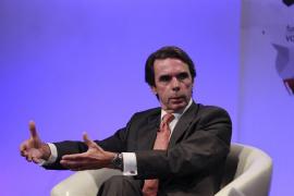 """Aznar apuesta por """"refundar"""" el PP para que siga siendo un partido de Gobierno"""