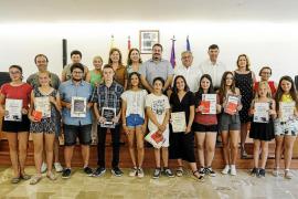 Sant Joan premia la excelencia y el esfuerzo académicos