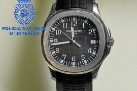 La Policía Nacional detiene a un joven por el robo de dos relojes valorados en 33.000 euros