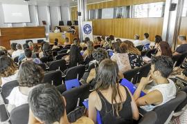 «La trata de mujeres genera ocho millones de euros en negro en España»