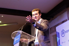 Casado presenta en Palma su candidatura a presidir el PP ante más de 200 afiliados y simpatizantes
