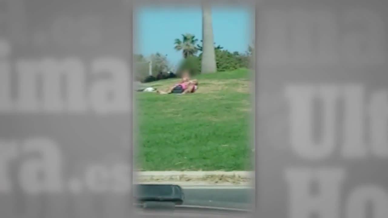 Un hombre se masturba en una rotonda junto al aeropuerto de Ibiza