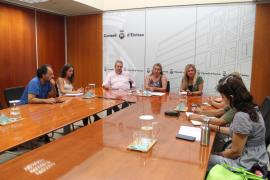 Consell y ecologistas trabajan para que Ibiza sea una isla sin plásticos en 2023