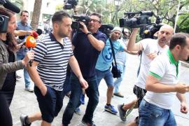 """El 'Prenda' da """"mil euros al periodista que encuentre una foto de mí en Ibiza"""""""