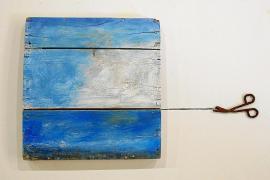 La exposición 'Coses d'artistes' reúne la visión de 27 artistas sobre objetos cotidianos
