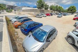 El parquin de pago de Can Misses pide a Vila que cierre el solar de sa Joveria que se usa para aparcar